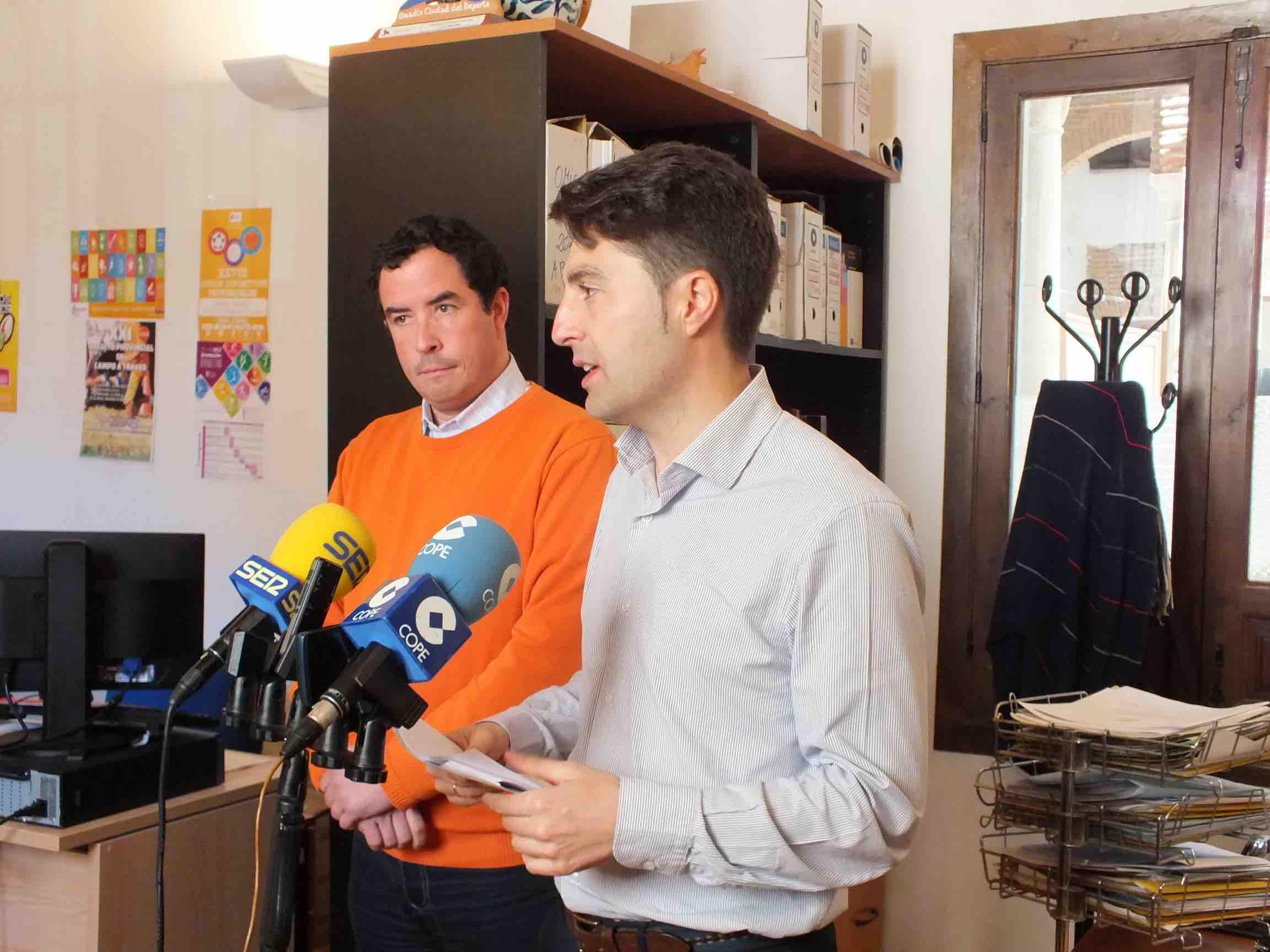 La telefon a el sector m s reclamado en la omic oficina for Oficina municipal de informacion al consumidor