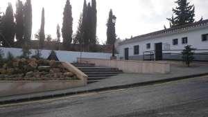 Actuaciones en la entrada del cementerio