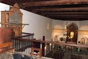 Organo en el interior de la iglesia foto Torcuato Fandila