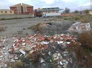 arrojar-escombros-3